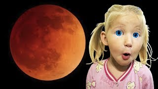 kids and crimson moon with green aliens 0_о