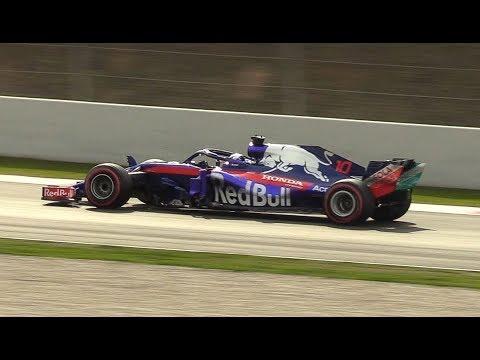 Toro Rosso STR13 Sound on Track | F1 2018 Pre Season Test