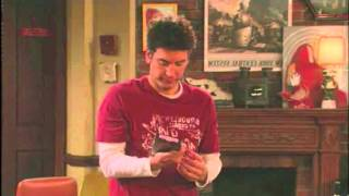 How I Met Your Mother - Ted si libera dei porno