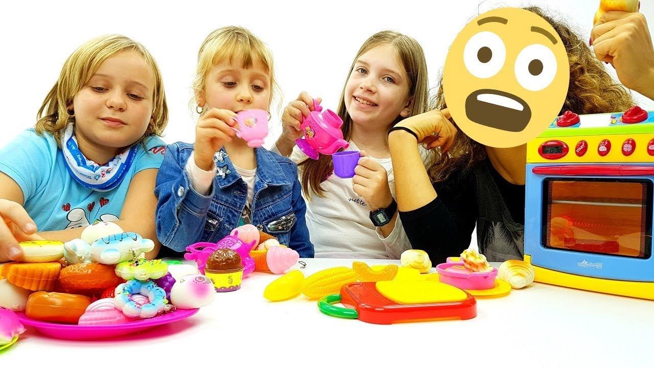 LE PICCOLE CUOCHE - mettiamoci a cucinare - giochi per bambine e ...