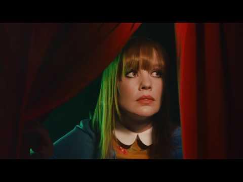 Blonde Redhead - GOLDEN LIGHT (Official Video)