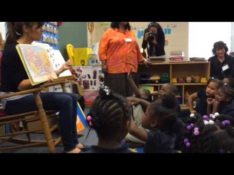 Jennifer Garner reads to Bishopville Primary students