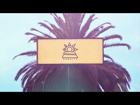 SunCity - Loca (Official Lyric Video)