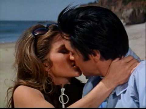 """Elvis Presley - Love Me Tender """"Kissing"""""""