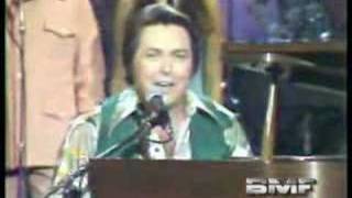 "Mickey Gilley ""Lawdy Miss Clawdy"" Live on Canadian TV"