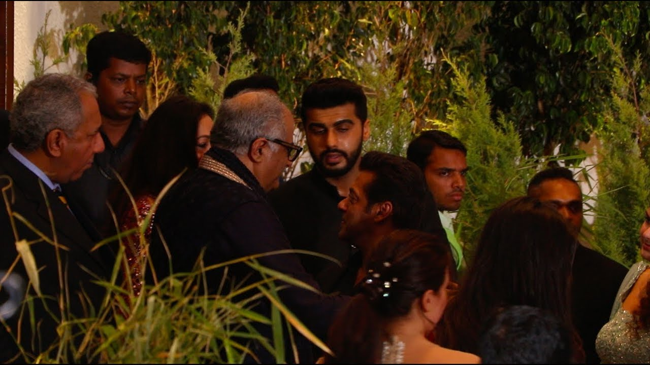 Image result for salman and arjun at sonam kapoor reception