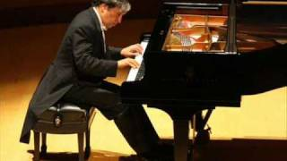 Brahms - Rhapsody in B minor, Op. 79/1  (Murray Perahia)