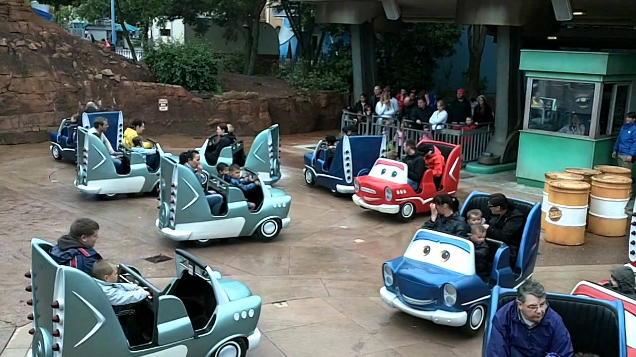 attraction cars 4 roues rallye disneyland paris walt