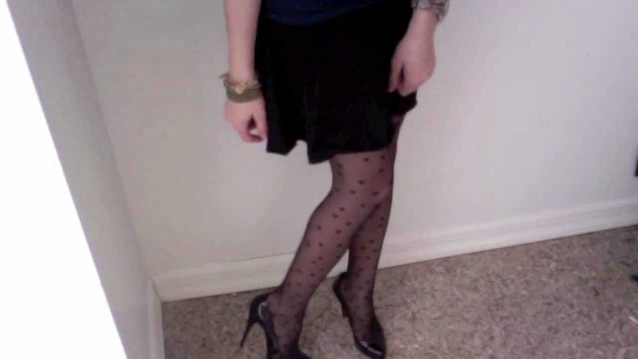3fc13cb4305 How to Wear Black Heart Stockings - YouTube