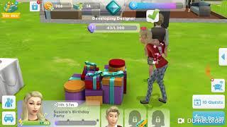 Sims e Roblox Col huh