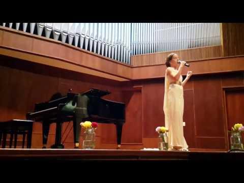 Amateur singing nessum dorma