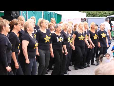 Bridgend, Cowbridge & Pontyclun Rock Choirs performing at llantwit Major Victiorian Fair 240617 wimp
