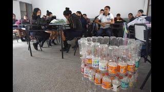 Juntaron medio millón de botellas plásticas y cambiaron los hábitos de sus familias y vecinos