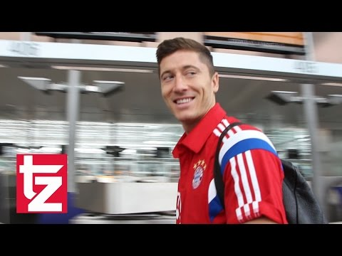FC Bayern startet USA-Tour - Ribéry und Lewandowski dabei - Abflug am Münchner Flughafen