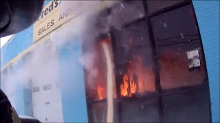 Helmet cam -- Quick knockdown of commercial fire with 2 1/2