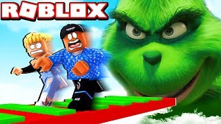MULTIPLAYER ESCAPE GRINCH IN ROBLOX!
