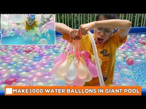 LÀM BỂ BƠI KHỔNG LỒ VỚI 1000 QUẢ BONG BÓNG NƯỚC - GIANT BALLON POOL