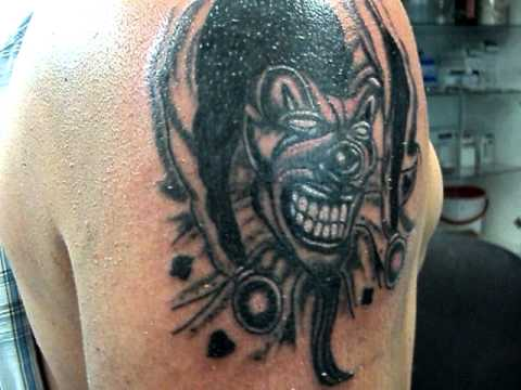 Tatuaje Bufon Jocker Diabolico La Expansion Tattoo Osorno Youtube