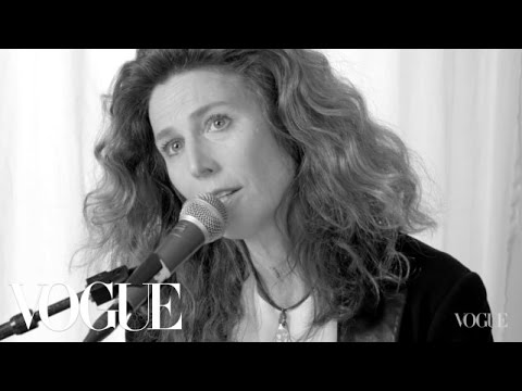Sophie B Hawkins Performs, Damn I Wish I Was Your Lover  Vogue
