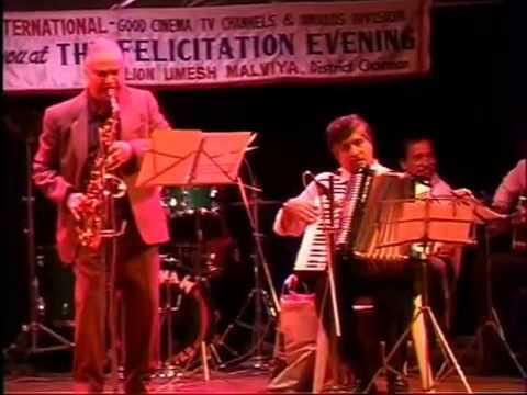 RD Burman - Live - Gulabi Ankhain