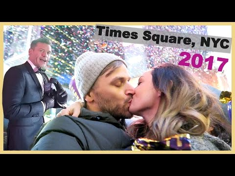 🎉NEW YEARS EVE IN TIMES SQUARE!! 😜