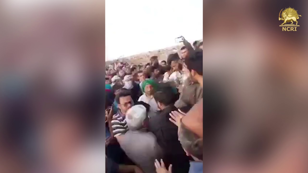 Iran: Enraged Ahvaz locals take to streets against regime's devastating flood policies