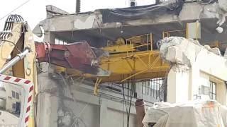 Comment détruire un bâtiment vite fait bien fait