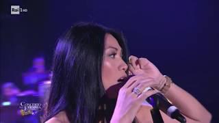 Gambar cover Anggun Snow on the Sahara live performance Concerto Epifania 2018 01 06