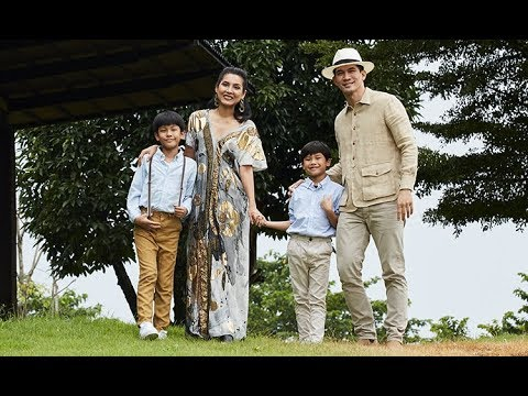 Winai Kraibutr And Family Photos With Friends And Relatives Youtube