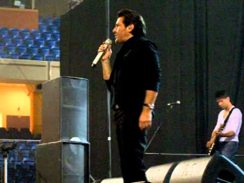 Thomas Anders, Debrecen, Hungary, 2010.11.20. Give me Peace on Earth, during soundcheck
