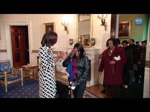 First Lady Surprises White House Tour Visitors