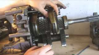 видео Как работает механическая коробка передач (МКПП): подробно и наглядно