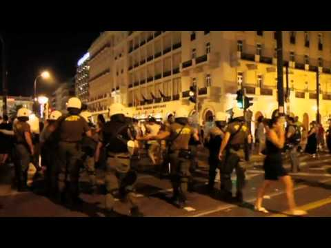 Greece violence after confidence vote