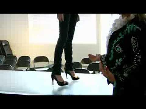 download How to Model : Runway Modeling Tips: Walking the Runway