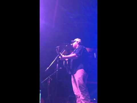 Luke combs - This ones for you (live)