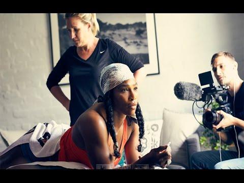 Maria's Hearing-Serena Film-French Fashion