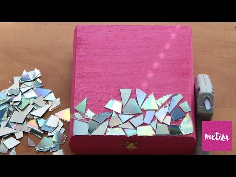 DIY Recycled CD Jewelry Box | Holiday Gifting | Metiza