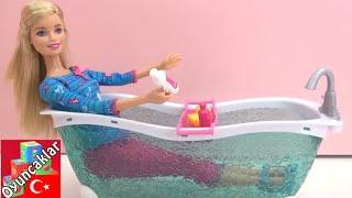 Gambar cover Barbie Banyo Oyuncak Seti - Barbie Evi için Aksesuarlar
