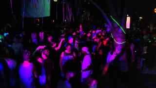 FUNKY DE BAR @Arugam Bay.best party time24/07/2014