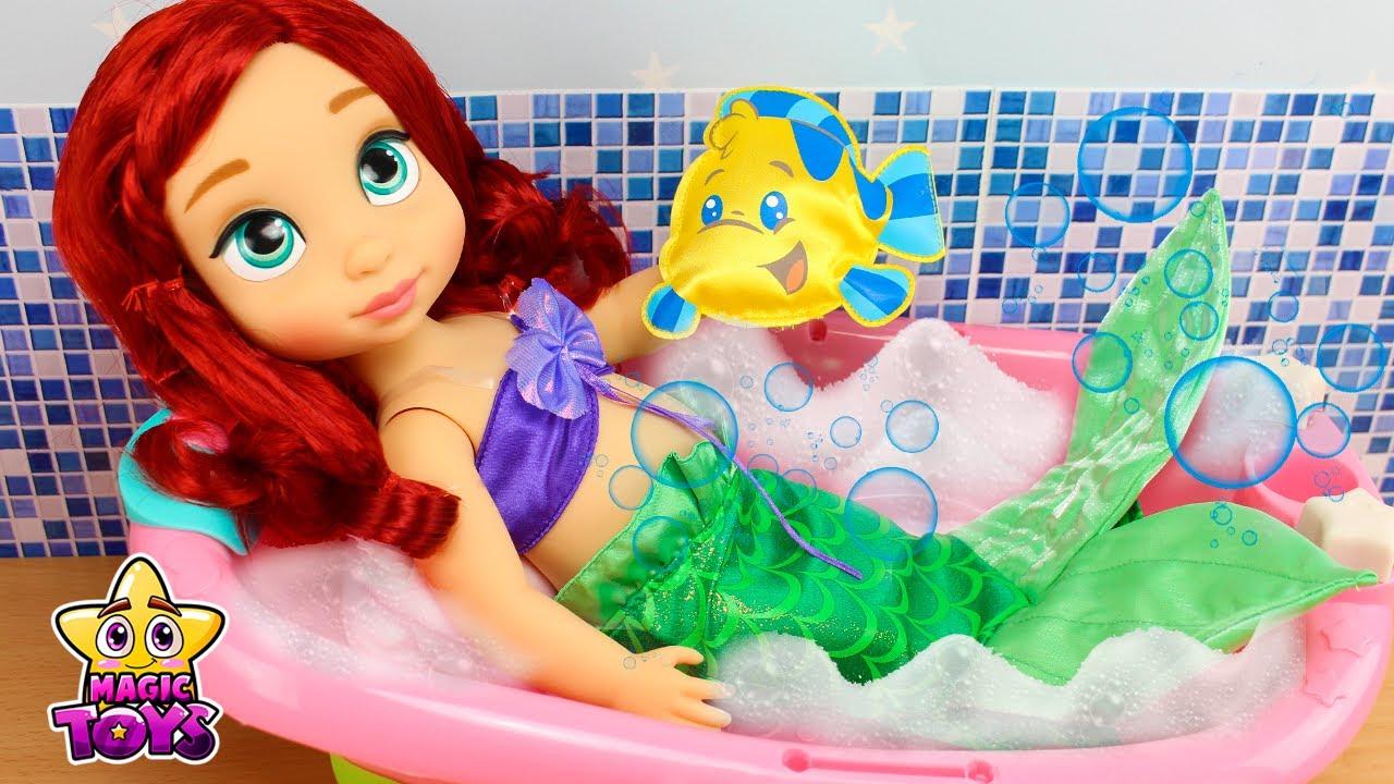 Baño de Burbujas de La Sirenita ARIEL en su RUTINA DE ...