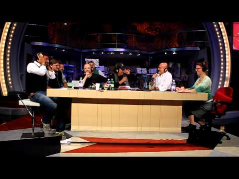 Max Giusti e Francesca Zanni con Claudio Bisio e A...