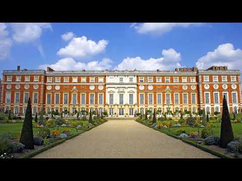 Hampton Court Palace - London (England)