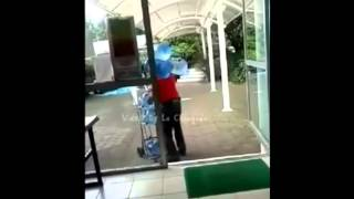Powerlifting nivel vendedor de agua