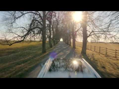 SKODA KAROQ driving trailer