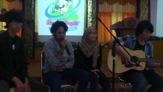 Edsacoustic - Lucky ( Jason Mraz ft Colbie Caillat Cover )