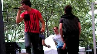 Big Time Rush - BTR Theme Song - Herald Square