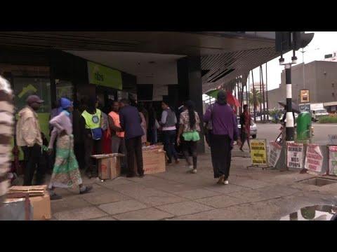 Zimbabweans react to detention of Mugabe