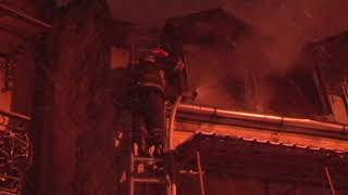 Львів: вогнеборці ліквідували пожежу в будинку з мансардою