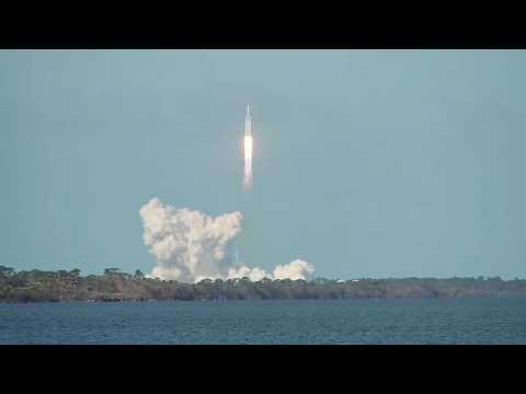 Amazing Falcon Heavy Launch And Recovery 2-06-18