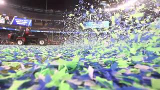 Super Bowl 2014: Confetti clean up